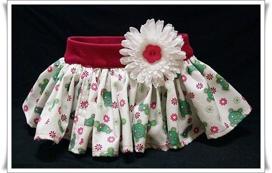 Baby Ruffle Skirt SIZE 0-6 months PINK AND GREEN TURTLES