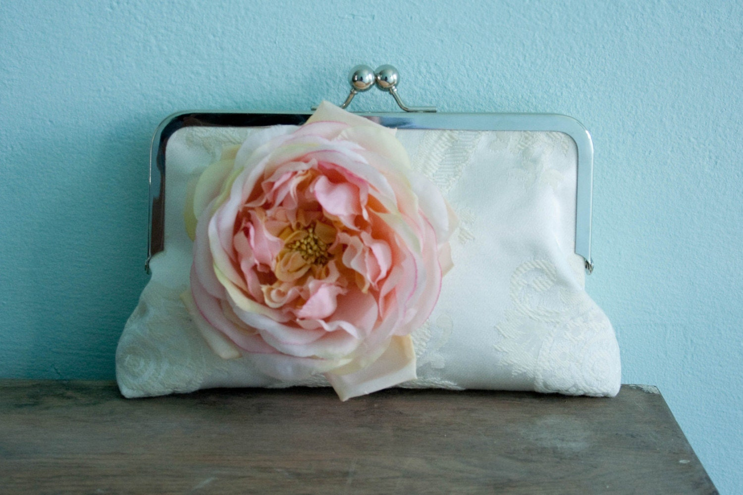 The Melissa  ivory damask clutch