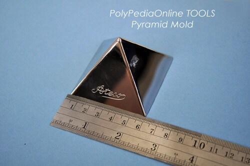 Inch Pyramid Cake Mold