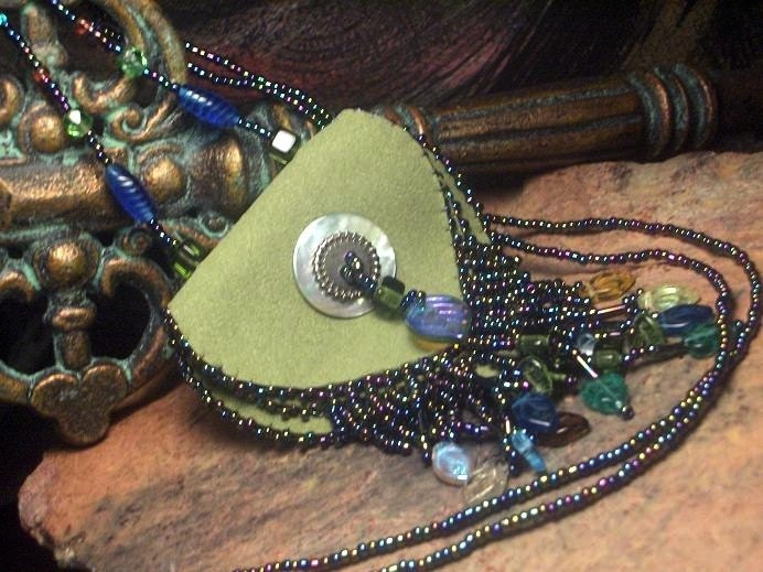 Serene Green Beaded Pendant Bag