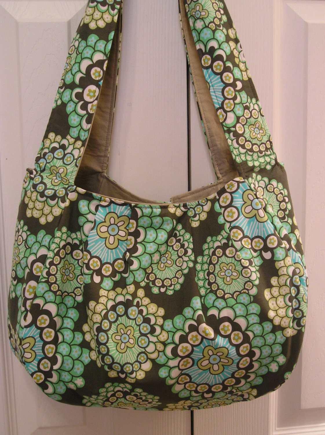 Pleated Hobo Bag lg - Dandelion Fields (4 pockets) by BagsByColette on Etsy