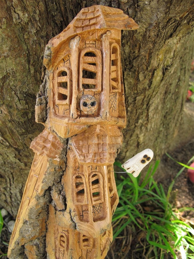 Haunted House Carving Cottonwood Manor