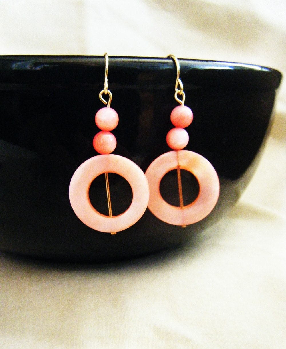 Big Pink Glass Circles (082)