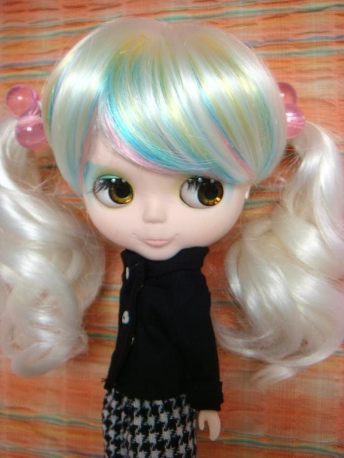White Tied wig with Rainbow color bangs for Blythe doll