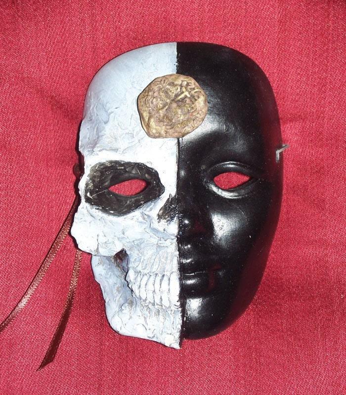 Half Skull Masque