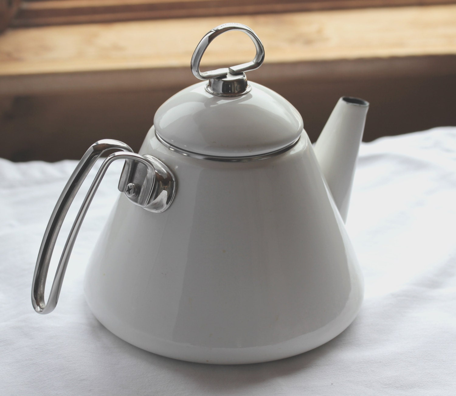 Vintage chantal tea kettle white by jewellbrookvintage on etsy - Chantal teapots ...