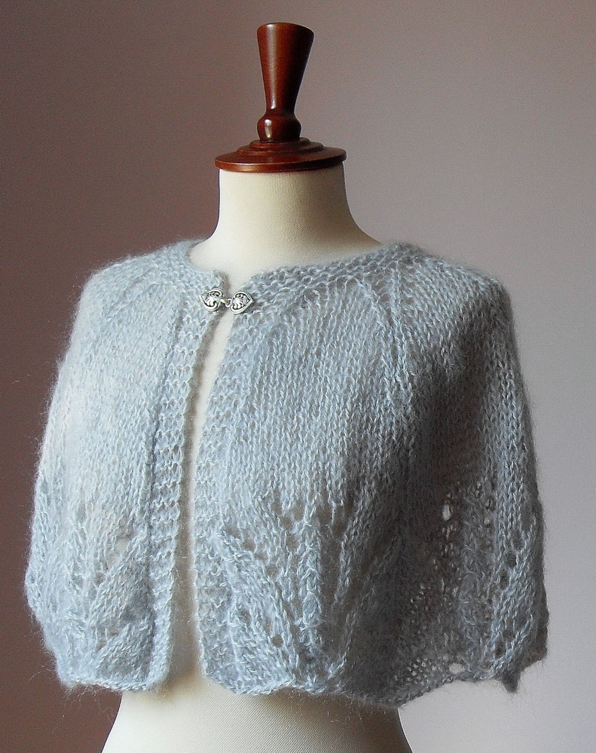 DOLCE - Grey Lace Knitted Capelet