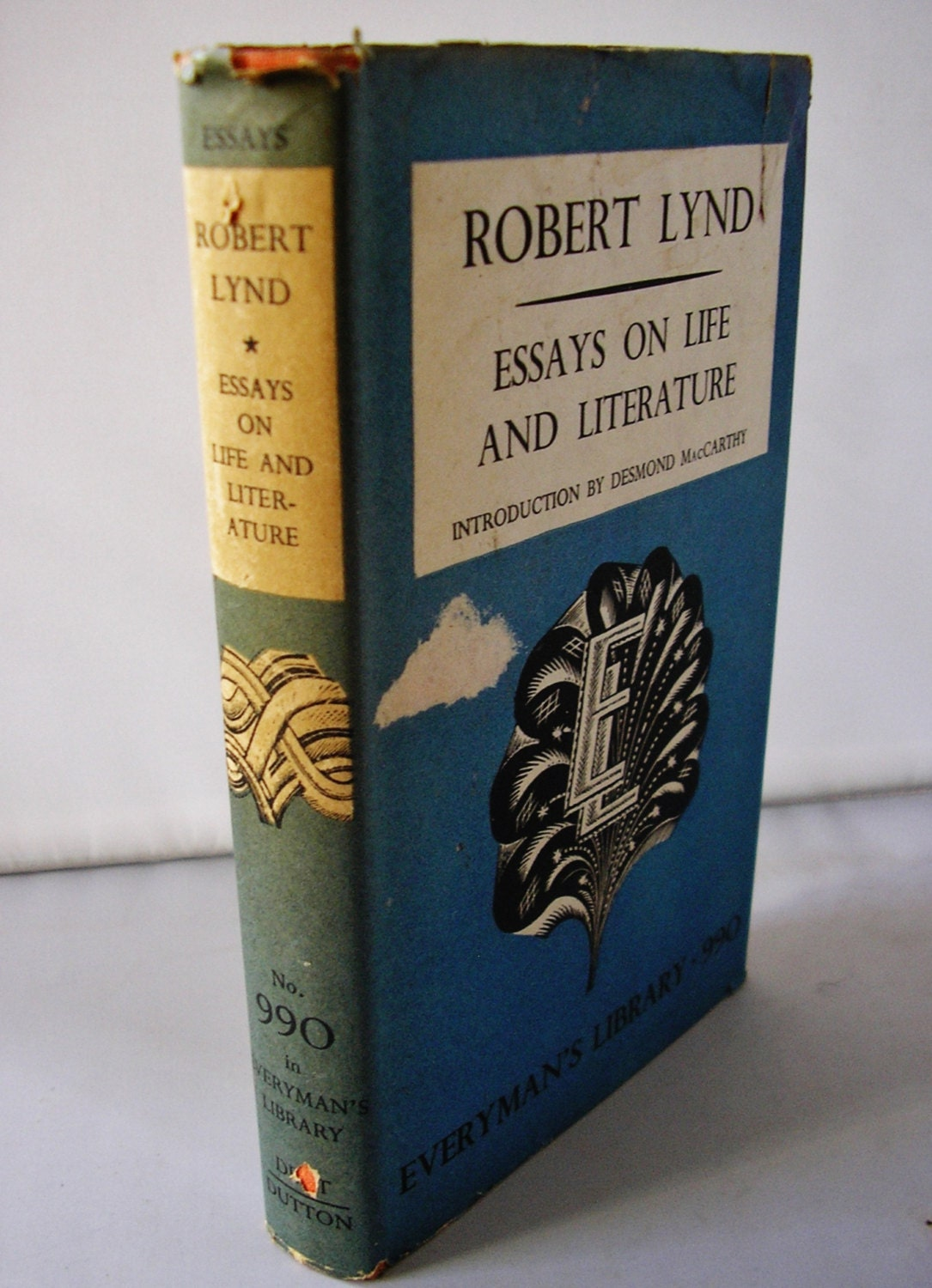 essays of robert lynd