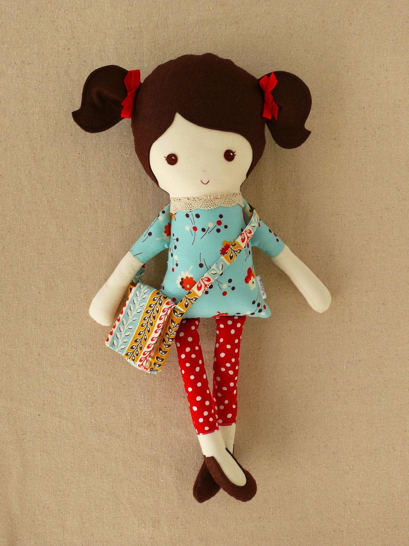 Сшить маленькую куклу своими руками