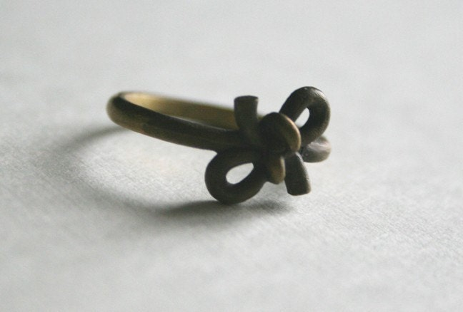 forget-knot ring