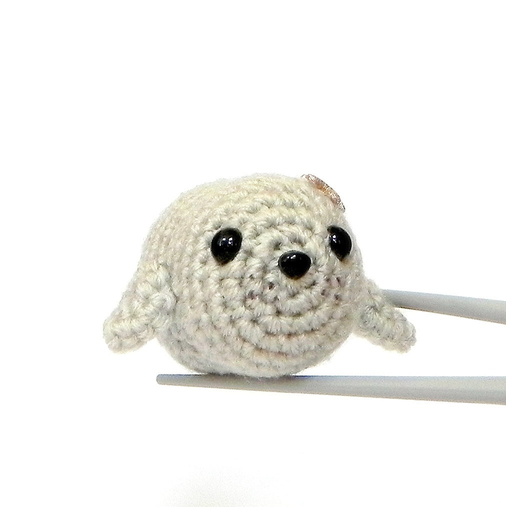 Crochet Amigurumi Seal : Amigurumi Chubby Baby seal MochiQtie kawaii mini by MochiQtie