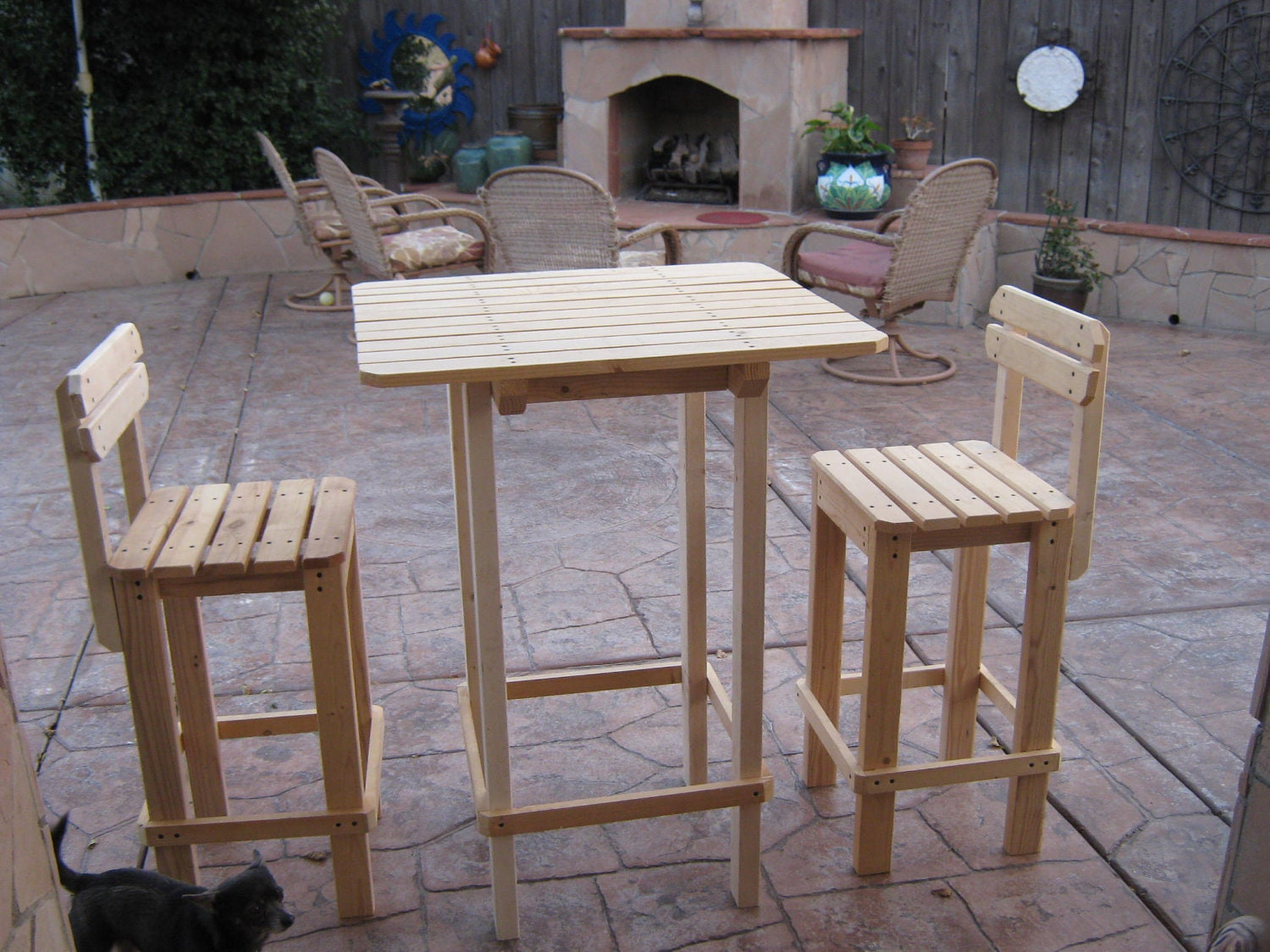 Diy plans to make bar table and stool set by wingstoshop for Table design outdoor