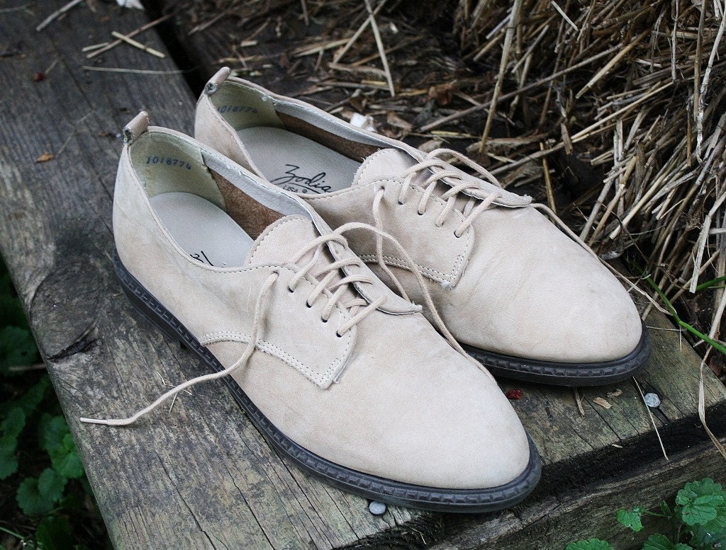 Vintage Light Tan Suede Leather Oxfords
