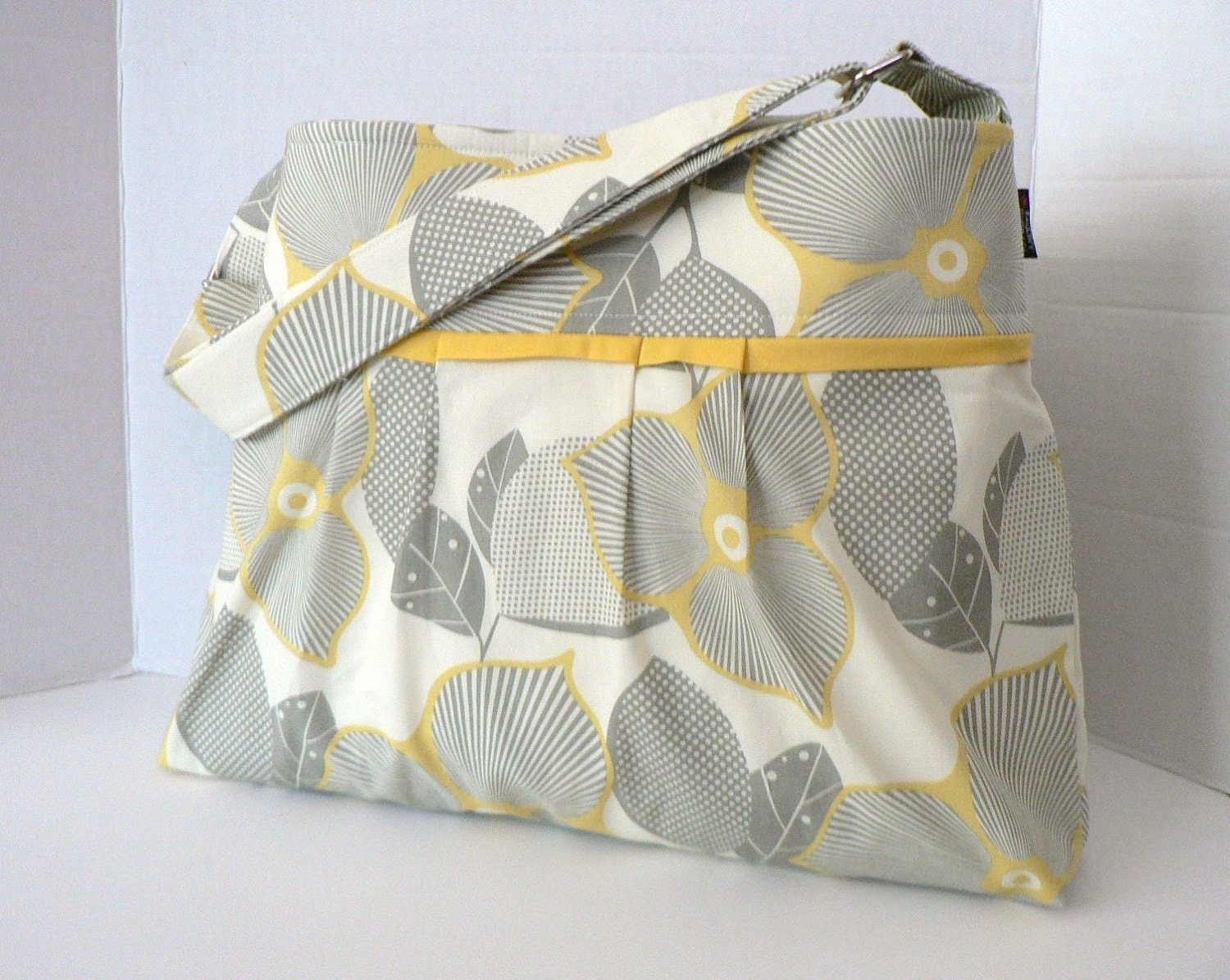 The Monterey Diaper Bag Medium - In Optic Blossom and Martini with Adjustable Strap and Elastic Pockets