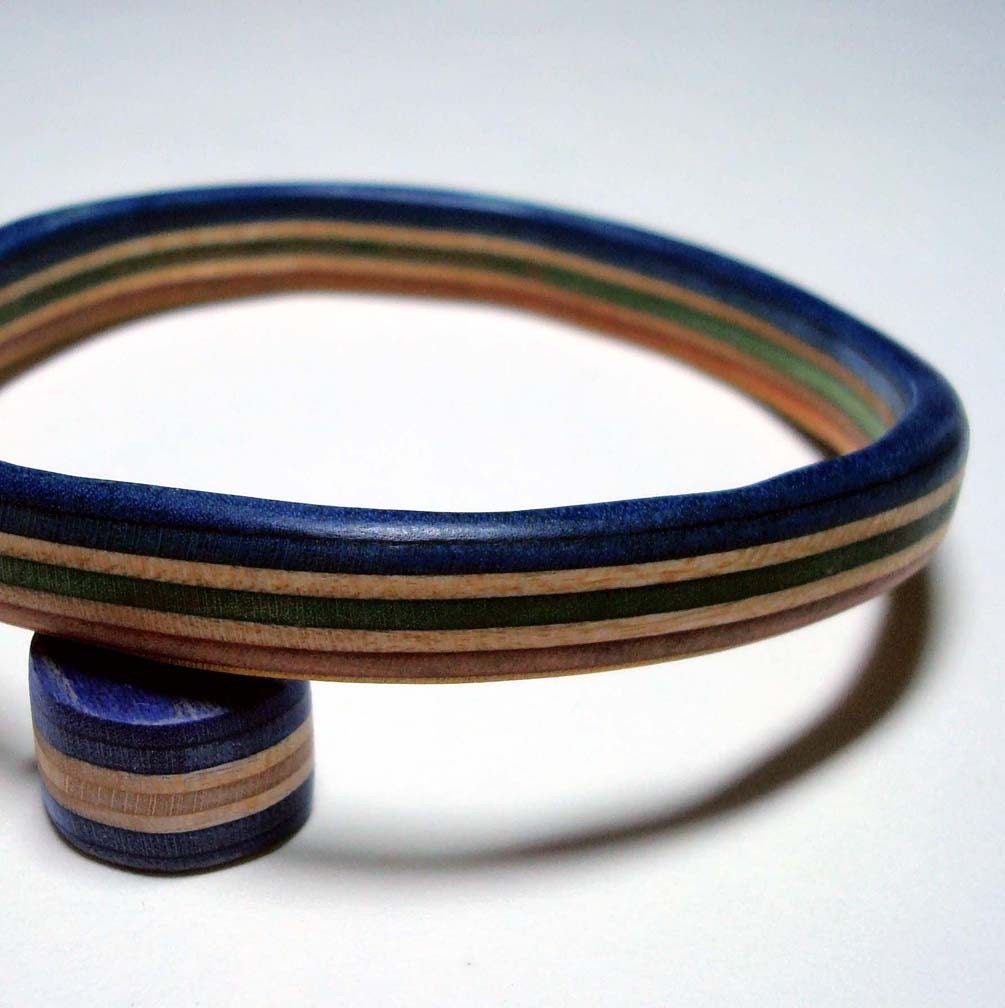 dekt out upcycled bangle