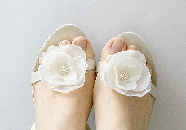 EmilliaIvory  Flower's shoe clips pair by jurgitahandmade on Etsy from etsy.com