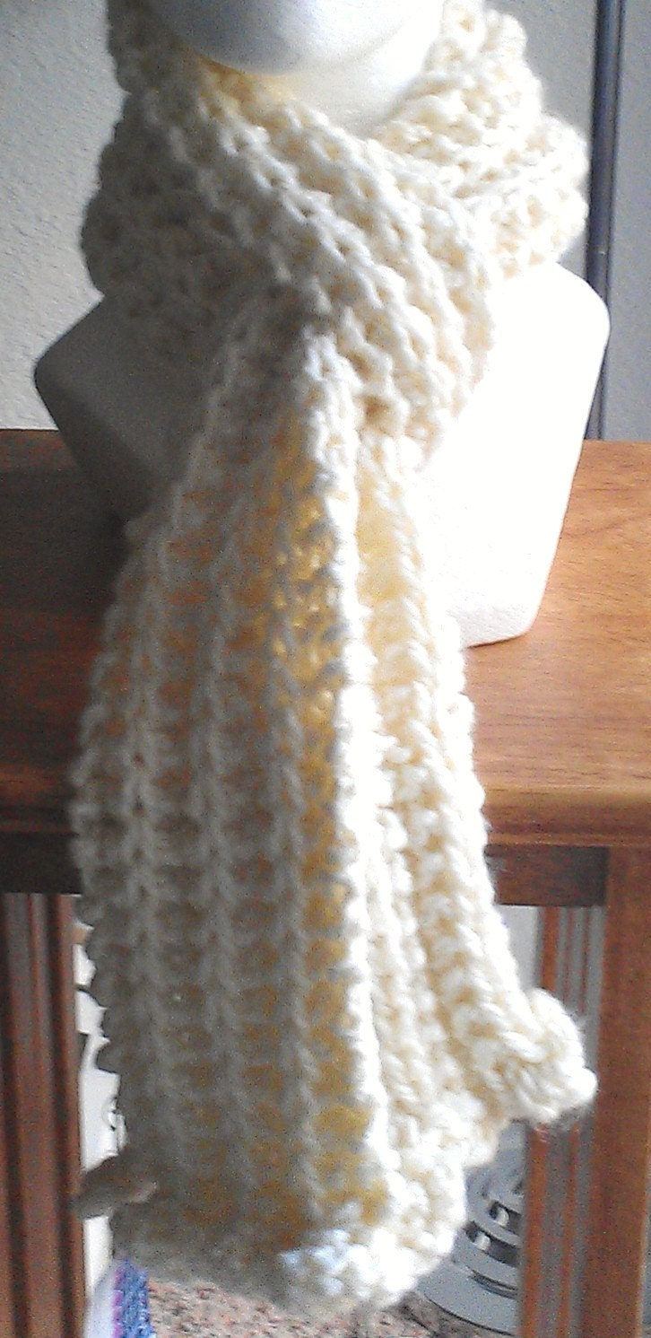 Knitting Pattern Ruffle Scarf : Off White Ruffled hand Knit Scarf by AJoyfulCreation on Etsy
