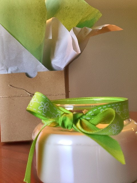 Aromatherapy Ginger Grass Soy Candle Gift Wrapped