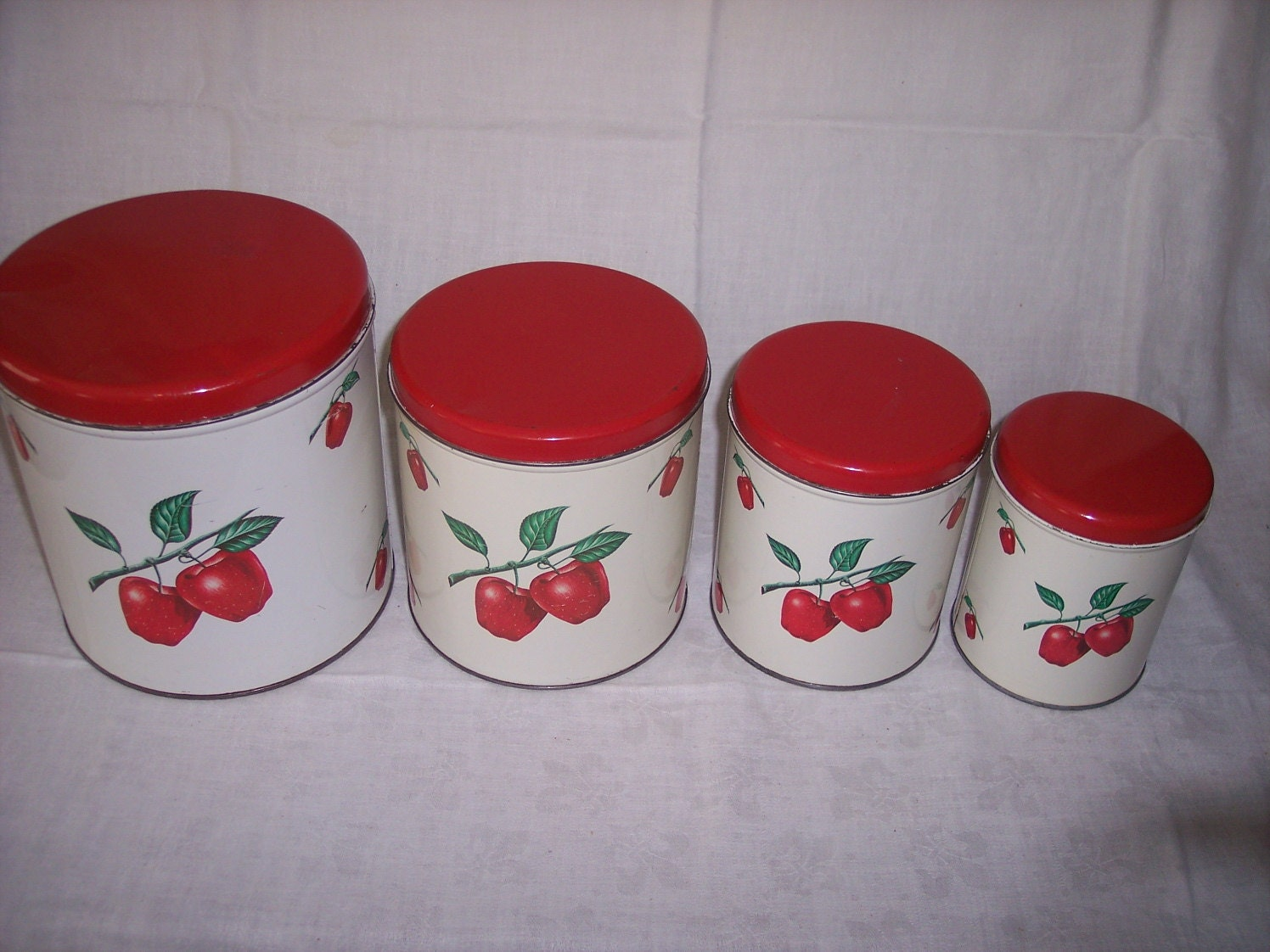 decoware kitchen canisters 1950s tin with apple by abbiesvintage. Black Bedroom Furniture Sets. Home Design Ideas