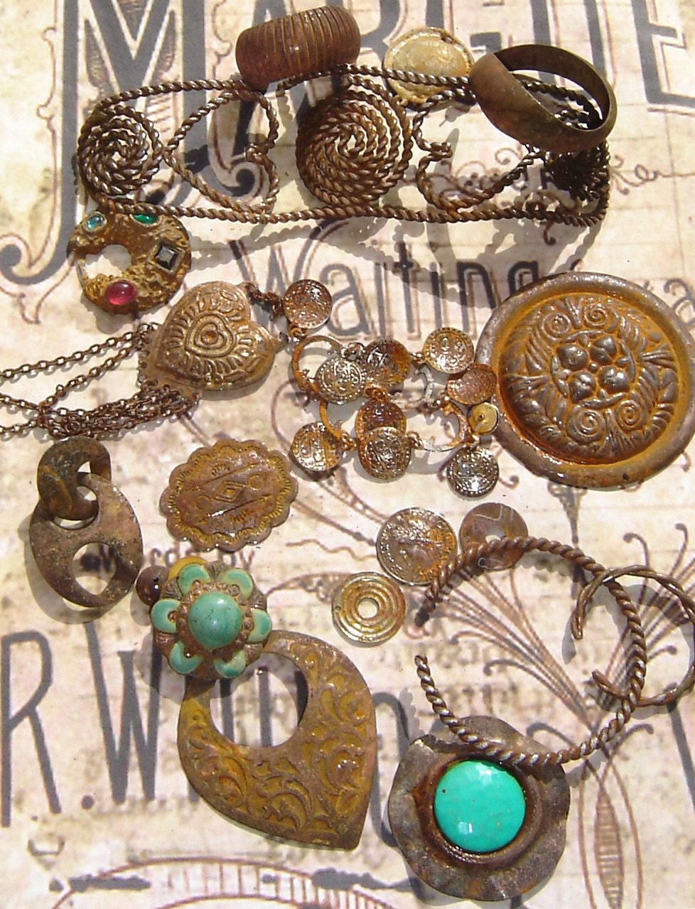 LOT OF RUSTED  JEWELRY PIECES GREAT FOR ANY ALTERED ART, MIXED MEDIA, ASSEMBLAGE OR STEAM PUNK PROJECT