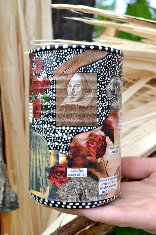 Шекспира Muse - ручная роспись Upcycled канистра декора Декупаж
