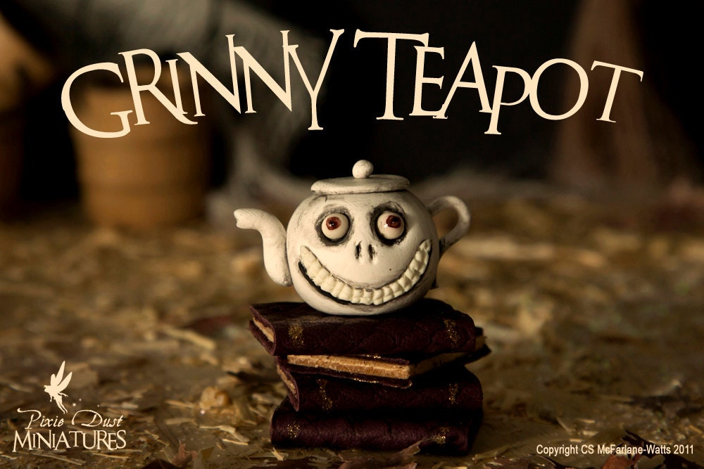 Grinny Teapot - WITCHY RANGE - PixieDustMiniatures