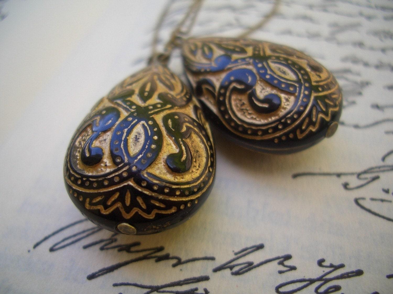Etsy :: FriendlyPairings :: Vintage Godiva Earrings from etsy.com