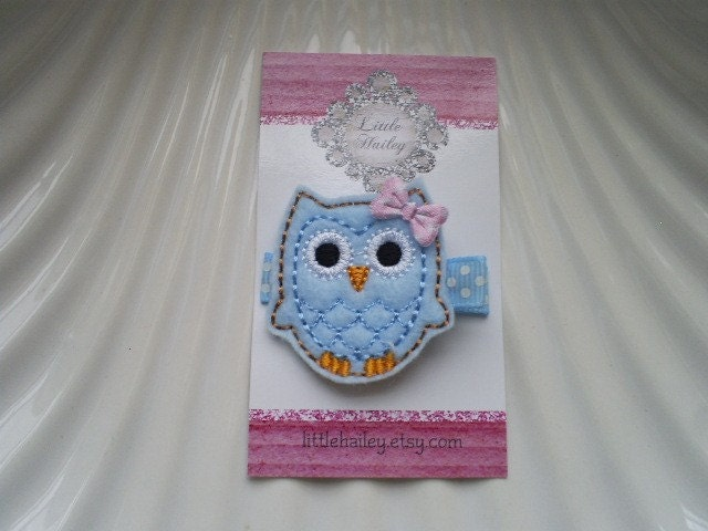 Hailey The Little Blue Owl with Her Pink Bow Hair Clip