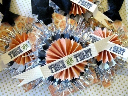 Set of 4 TRICK or TREAT Halloween Paper Rosette Gift Favor Party Hang Tag