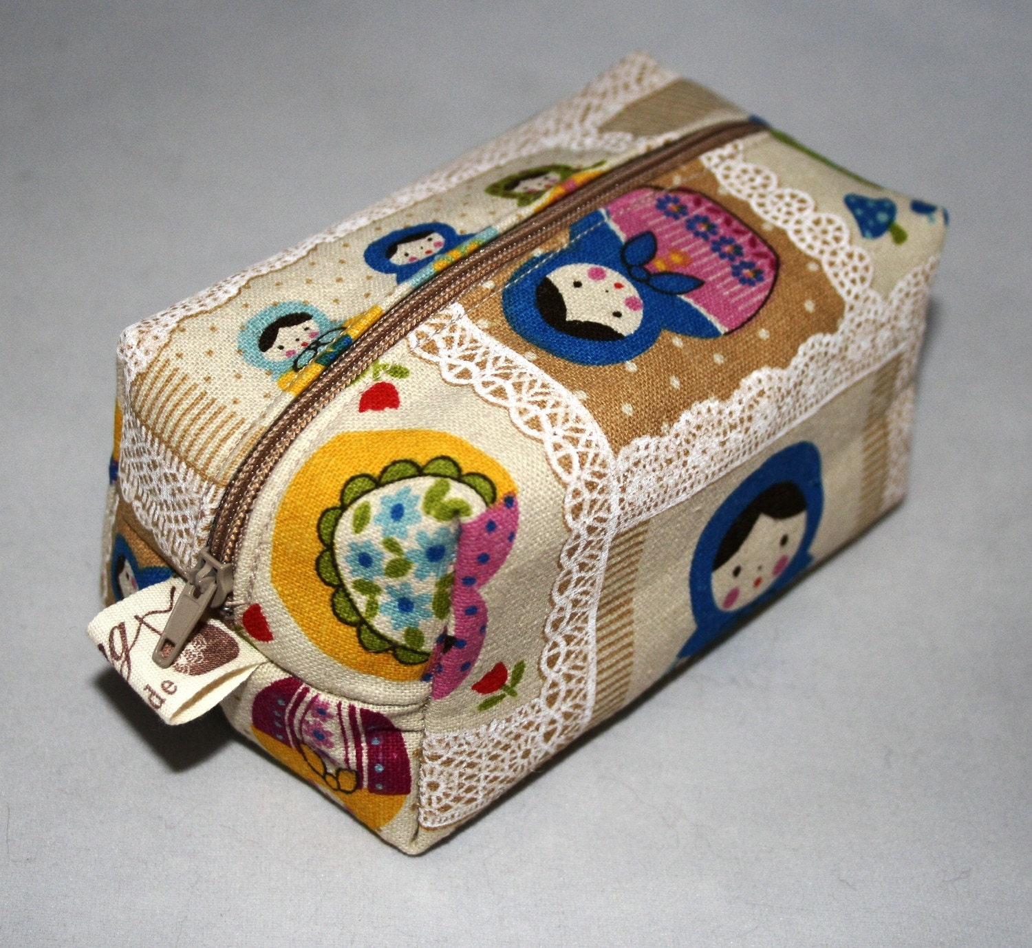 Russian Doll Print Sewing Makeup Cosmetics Cube Bag