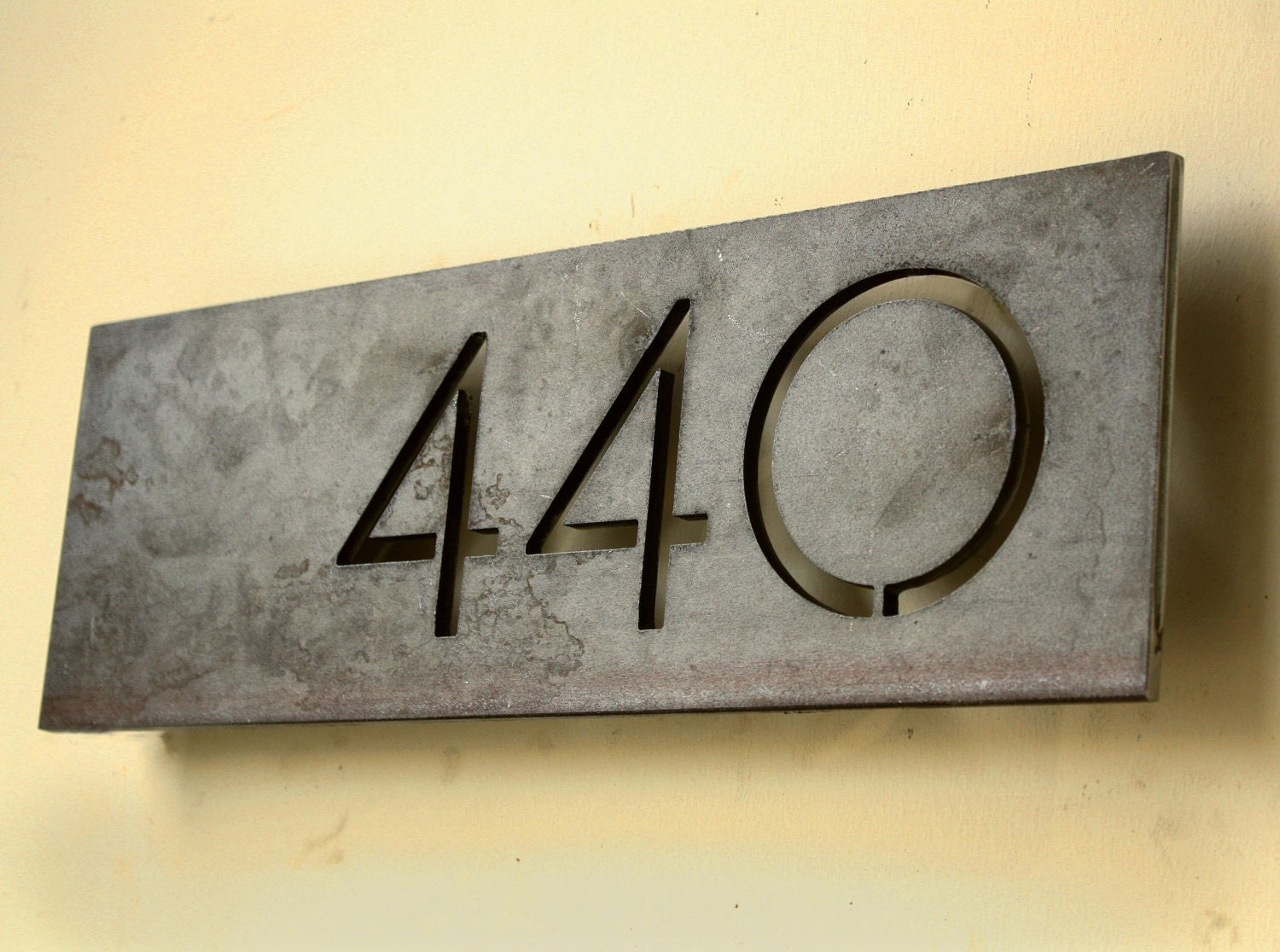 Modern address numbers for houses