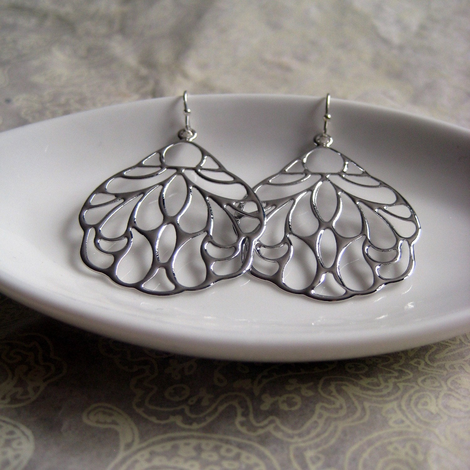 NEW - Osaka, Japan - Earrings - Silver - Japan Relief