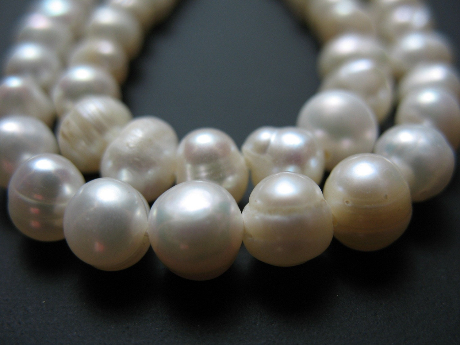 Strand Off White Round Pearls