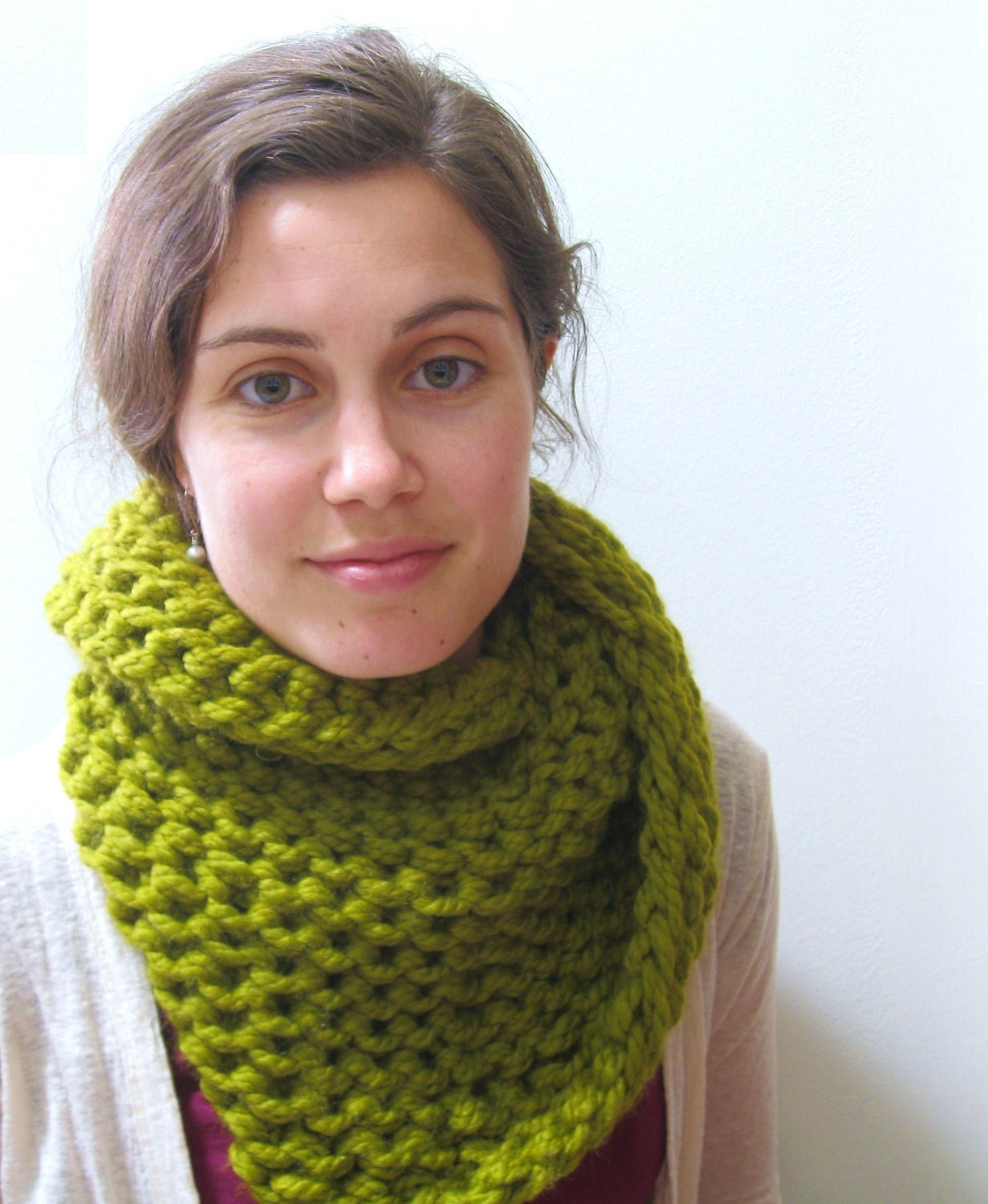 The Snug Twist Cowl - Wool Blend - Lemongrass