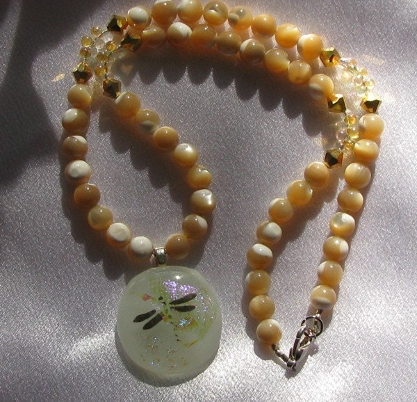 Polished Shell Necklace with 22k Gold Dragonfly Pendant
