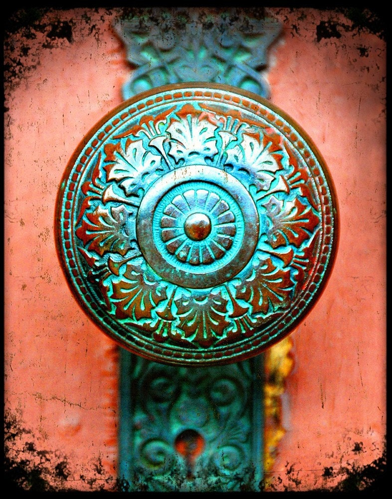 1000 images about antique door knobs on pinterest for Turquoise door knobs