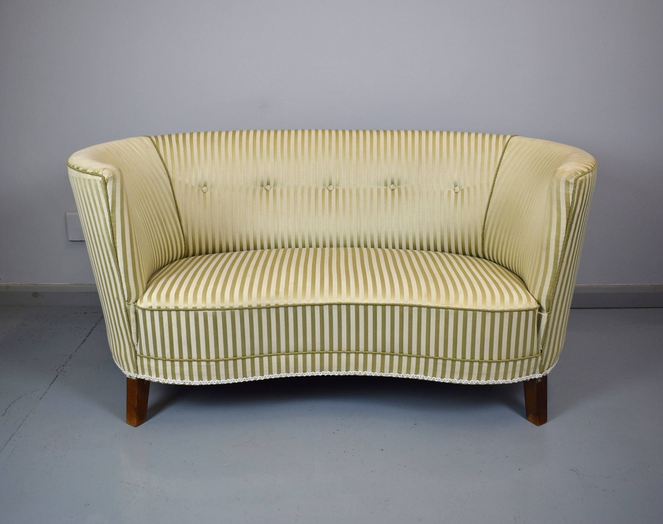 Art Deco Mid Century Vintage Danish Two Seater Banana Sofa Loveseat Couch 1940s