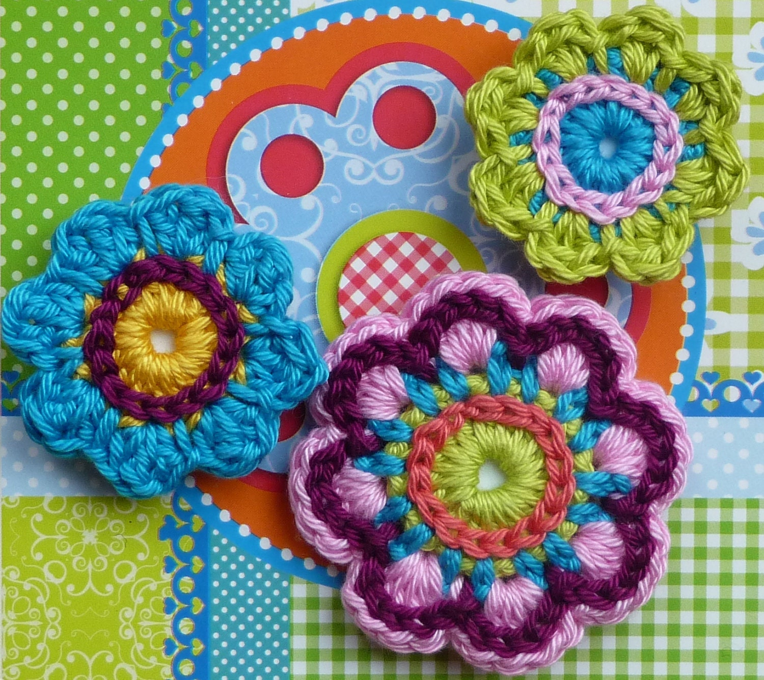 Crochet flower set magnets
