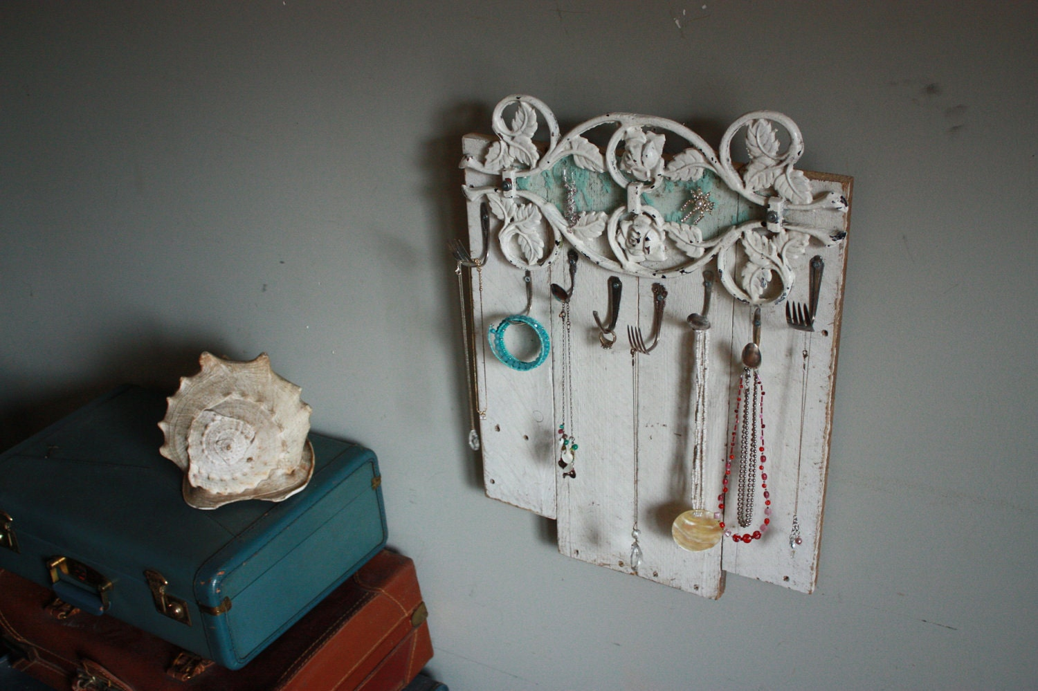 Etsy your place to buy and sell all things handmade for Pallet shabby chic
