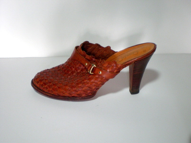 Vintage Mules Clogs Shoes / 70s Woven Leather By BellaViveVintage