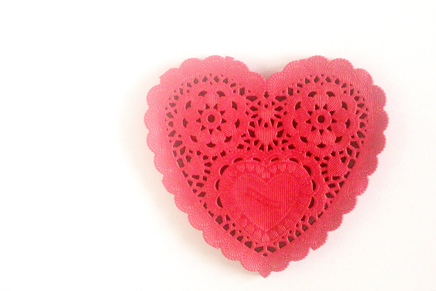 "Red Heart Paper Doilies 5"" - Set of 20 - mooseart"