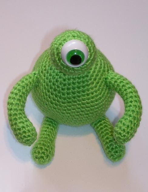 Crochet Amigurumi Alien : Amigurumi Alien Crochet Pattern PDF Format by jlyarnworks ...