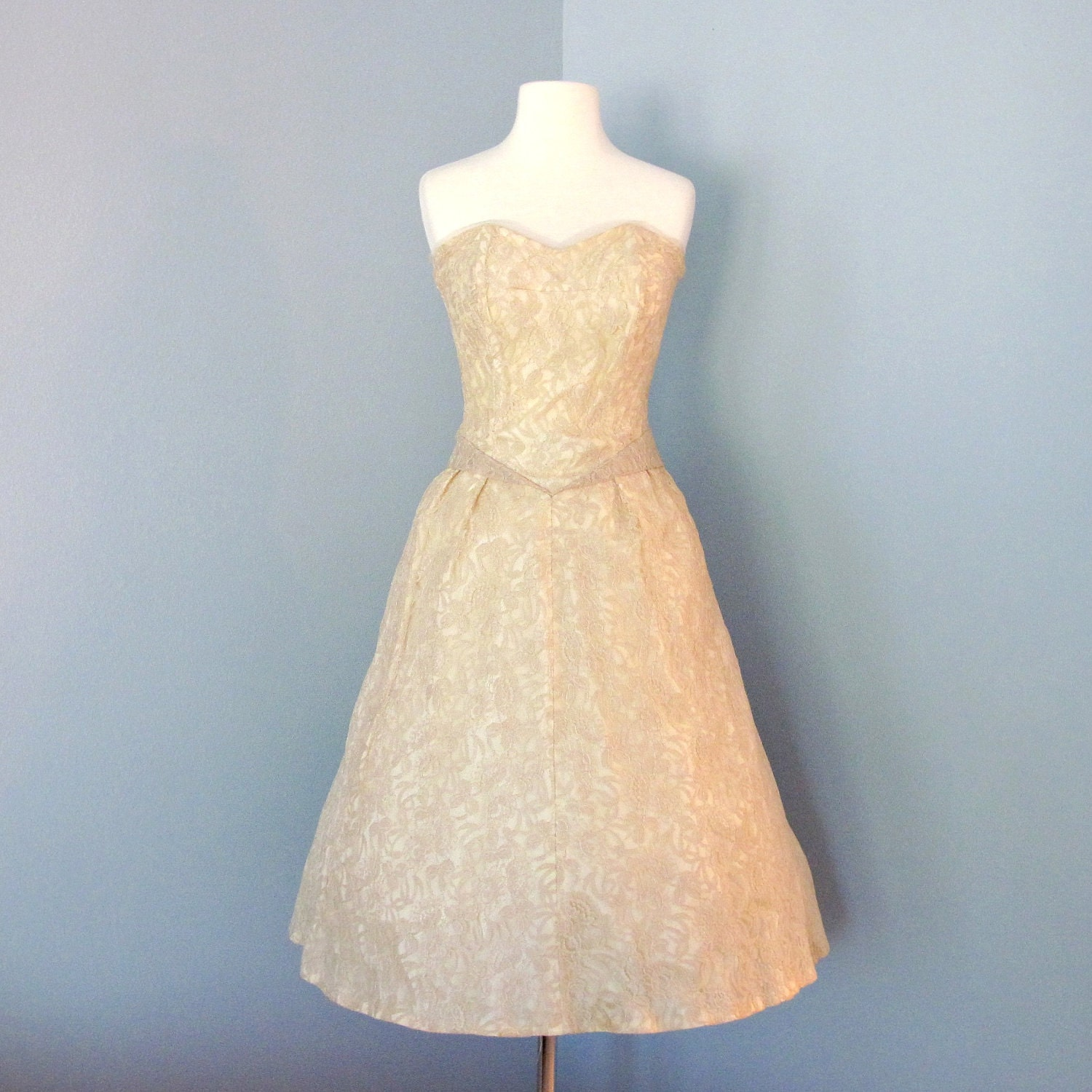 1960s Short Lace Wedding Dress Darling 1960s Champagne