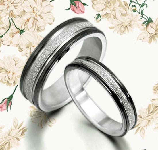 wedding ring black wedding titanium rings set by mymomentjewelry