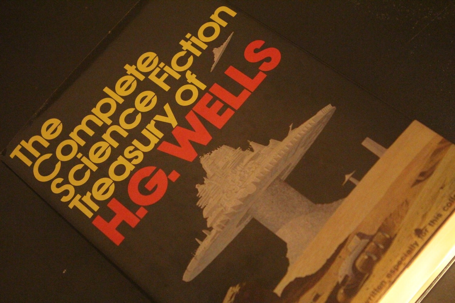 The Complete Science Fiction Treasury of H.G. Wells (HARDCOVER 1978)