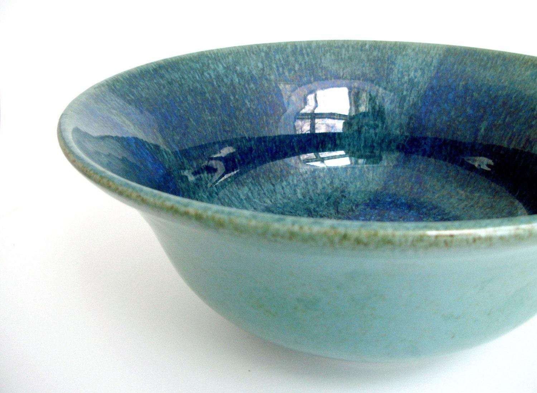 Graceful Serving Bowl in Magic Glaze