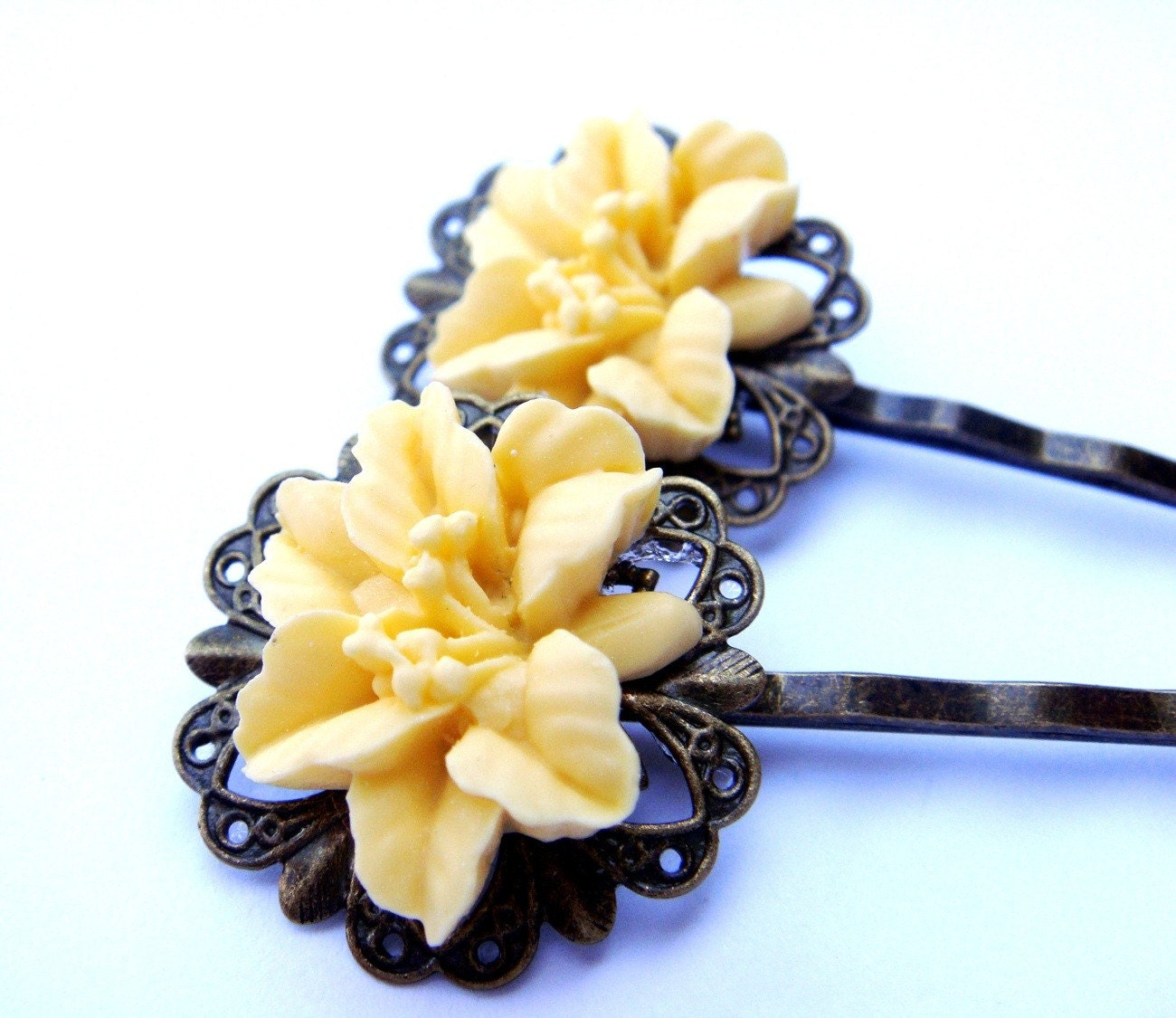 YELLOW LILY HAIR PINS (Set of 2)