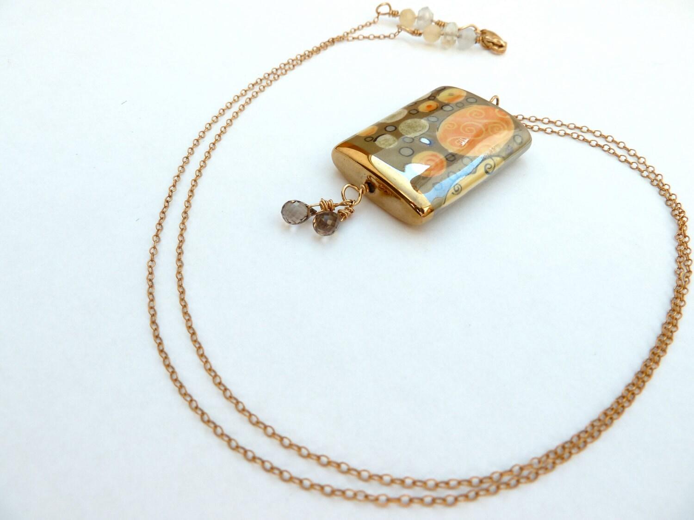 Gold Porcelain Pendant Necklace - CorkyWhites