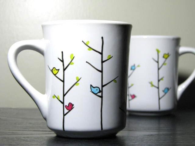 Hand painted mugs colorful birds set of 2 by prettymydrink for How to paint ceramic mugs at home