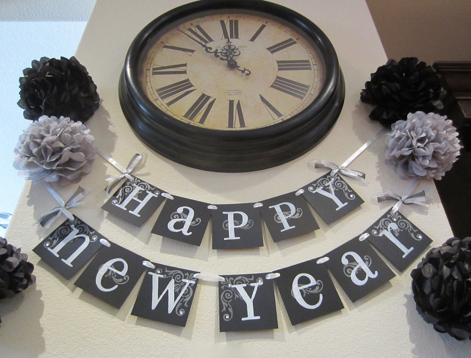 Happy New Year 2012 banner garland decoration wall hanging black and white